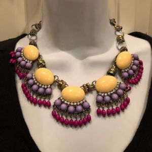 New York and company statement necklace